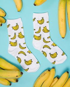 Once you peel on these socks covered in bunches of bananas, no one will be able to peel their eyes off of you! Comes in pink, white, blue or green!