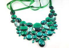 bib emerald green necklace