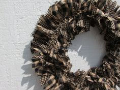 Primitive Teastained Black Tan Small Rag Wreath Homespun Fabrics Rustic Spring #NaivePrimitive