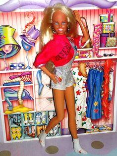 Xuxa+Doll+1993+:+¡¡¡¡¡¡¡Feliz+Domingo+Día+del+Señor!!!!!!!   Esta+de+hoy+es+una+muñeca+de+la+famosa+cantante+y+presentadora+de+los+90S+Brasilera+XUXA.+Saludos+a+TODAS+aquellas+personas+que+visitan+a+diario+mi+espacio+y+no+son+miembros+del+Fotolog,+o+no+están+en+mis+FF`S+y+a+los+que+se+fueron,+pero+siguen+visitando+mi+espacio+porque+no+pueden+vivir+sin+mí.+Gracias+a+mis+consecuentes+amig@s+de+siempre+por+pasar+y+visitar+