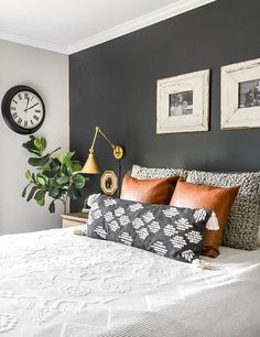 Amazon decor under $40!!! Decorate your home with the best budget-friendly, earthy tones from Amazon. Decor, Bedroom Decor Inspiration, Bedroom Inspirations, Bedroom Makeover, Master Bedrooms Decor, Bedroom Decor, Aesthetic Rooms, Industrial Home Design, Master Bedroom Inspiration