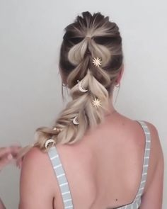 Related posts:Braided hairstyle for long hair video tutorial simple and beautifulOVERNIGHT BEAUTY TIPS to wake up pretty - LITTLE DIYReduzierte Futonbetten Prom Hairstyles For Long Hair, Wedding Hairstyles, Side Braid Hairstyles, Hairdos, Cool Girl Hairstyles, Hairstyles For Pictures, Hairstyles For Concerts, Hair Extension Hairstyles, French Braided Hairstyles