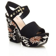 CARALIN FLORAL WEDGE SANDAL (595 RON) ❤ liked on Polyvore featuring shoes, sandals, floral wedge shoes, floral printed shoes, floral wedge sandals, floral print sandals and floral print wedge shoes