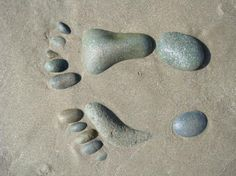 Stone feet on the beach! Must try this with the stepping stone kit! Pebble Stone, Pebble Art, Stone Art, Stone Crafts, Rock Crafts, Rock And Pebbles, Sticks And Stones, Sea Glass Art, Victoria And Albert Museum
