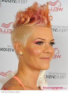 Pictures : Punk Girl Hairstyles - Glam Punk Two Tone Hair Style