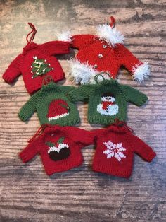 Christmas Sweater Tree Ornaments Knitting pattern by Cathy Rawcliffe - A Christmas sweater you don't have to wear! These fun miniature sweaters make great Christmas tre - Knitted Christmas Decorations, Knit Christmas Ornaments, Christmas Sweaters, Christmas Crafts, Prim Christmas, Xmas, Little Cotton Rabbits, Paintbox Yarn, Knitted Dolls