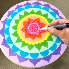 How to Paint a Mandala Wooden Stool Hand Painted Chairs, Painted Stools, Funky Painted Furniture, Wooden Stools, Paint Furniture, Painted Tables, Rustic Furniture, Modern Furniture, Furniture Design