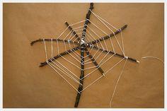 Ook een mooi spinnenweb: van takken en touw