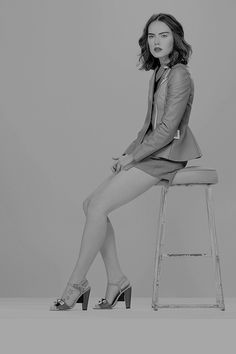Daisy Ridley Daily — daisyridley: 28/100 pictures of daisy ridley English Actresses, British Actresses, Daisy Ridley Hot, Driving Miss Daisy, Star Wars Sequel Trilogy, Black And White Pictures, Celebs, Celebrities, In Hollywood