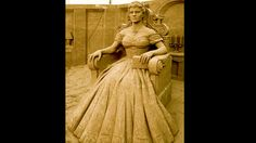 Die Kaiserin der Herzen-Sie hat einen festen Platz sowohl in der Historie des europäischen Adels als auch in der Filmgeschichte: Sisi. Auch auf dem Sandfest Rügen thront die junge Kaiserin.