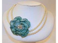 Vintage inspired pearl necklace with fabric flower