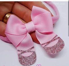 ballerina would make a great birthday party invitation Ribbon Hair Bows, Diy Hair Bows, Diy Bow, Hair Barrettes, Hair Clips, Hairbows, Headbands, Ballerina Hair, Ballet Hair