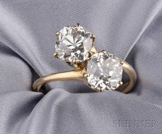 twin diamond ring,,, my new obsession