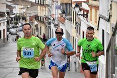 Salir a correr ya es duro como para que encima... ¡Nos caiga un chaparrón!, eso les pasó a los participantes de la XV Media Maratón Virgen de las Cruces del pasado domingo en Extremadura, donde Zafiro Tours Don Benito estuvo presente para apoyarles, ¡Enhorabuena chicos!