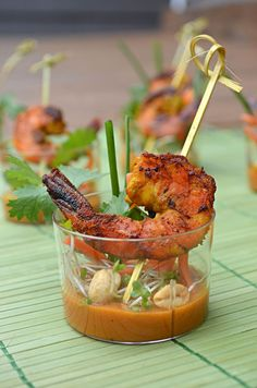 These Thai Shrimp Skewer Shooters are so delicious and impressive that you won't believe you can make them yourself! Shrimp Satay Skewer Shooters with Thai Spicy Peanut Sauce Seafood Recipes, Appetizer Recipes, Cooking Recipes, Seafood Appetizers, Thai Appetizer, Curried Butternut Squash Soup, Spicy Peanut Sauce, Snacks, Appetisers