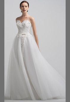 Свадебное платье пышное с открытой спиной | Lush wedding dress with open back