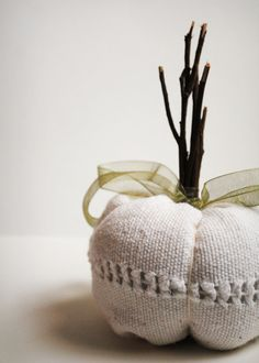 upcycle white pumpkin. love this!