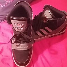 Trade or negotiate Adidas Great for school, worn a few times Adidas Shoes Sneakers