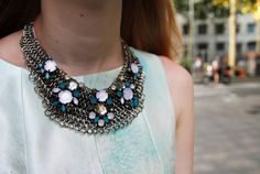 mango-touch-statement-necklace