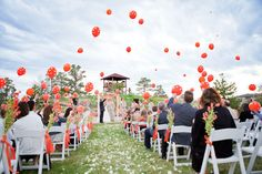 loveeeee this!  It would be just like game day! Maybe instead of throwing rice or rose petals, release balloons as the couple comes back down the aisle for and outdoor wedding or comes out of the church for an indoor one!!