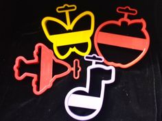 Wilton Cookie Cutter Shapes set Butterfly, musical note, apple, airplane #Wilton