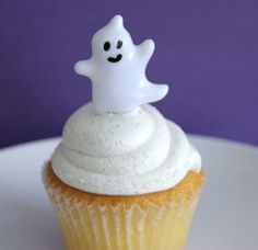 24 Ghost Halloween Cupcake Topper Picks by Catalu on Etsy, $4.75