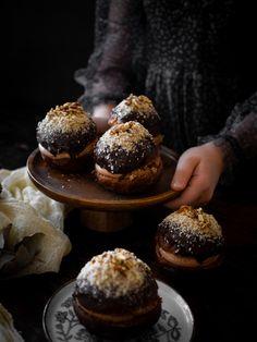 Čokoládové koblihy s banánem | Máma peče doma Creme Brulee, Muffin, Breakfast, Morning Coffee, Muffins, Cupcakes