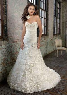 Trumpet Sexy Wedding Dress - http://casualweddingdresses.net/sexy-wedding-dresses-without-looking-too-trashy/