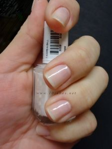Essie adore-a-ball, for the VERY natural looking nail #wedding #nail #manicure #bride