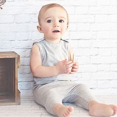 Organic Heather Grey Romper || organic baby kid's children clothing modern minimalist chic soft new eco-friendly natural made in the usa bodysuit one-piece grey