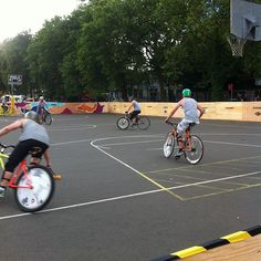 Bike polo but on grass!