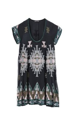 Antik Batik dress with beaded tribal patterns. Dinner Outfits, Night Outfits, Look Boho, Batik Dress, Estilo Boho, Playing Dress Up, Passion For Fashion, Kebaya, Dress To Impress