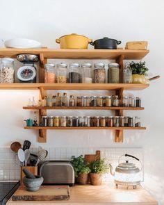 open kitchen shelving featured in 91 magazine. Kitchen Shelves, Kitchen Storage, Small Space Living, Living Spaces, Small Spaces, Kitchen Interior, Kitchen Decor, Sweet Home, Open Kitchen