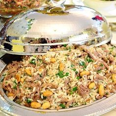 "532 Beğenme, 12 Yorum - Instagram'da Mutlu Muna Yine Burda (@mutlu_muna): ""Bu mis gibi pilavla ailenize,misafirlerinize hoş bir lezzet yaşatabilirsiniz.  Arşivimde olması…"" No Gluten Diet, Turkish Recipes, Ethnic Recipes, Arabian Food, Turkish Kitchen, World Recipes, Easy Cooking, Rice Recipes, Fried Rice"