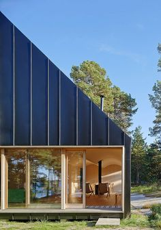 woodsy-house-in-the-outer-stockholm-archipelago-3
