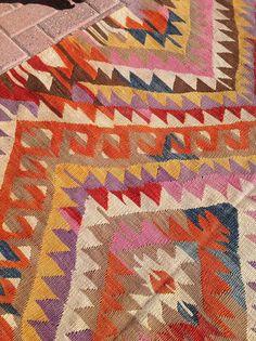 Kilim rug Vintage Turkish kilim rug area rug soft color