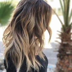 Wanted. This. ☝️ Color by @esmeraldae_  #hair #hairenvy #hairstyles #haircolor #bronde #balayage #highlights #newandnow #inspiration #maneinterest