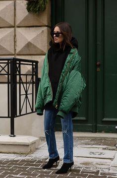 Street style, following back similar xo