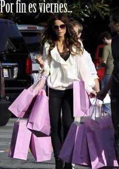 ¡Por fin es viernes! ¿Vamos de compras? (Shopping and gift giving unit)   15 de febrero de 2013  http://on.fb.me/VE5Rd6