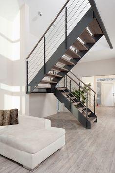 innentreppe stahltreppe mit holzstufen buche treppe stahl. Black Bedroom Furniture Sets. Home Design Ideas