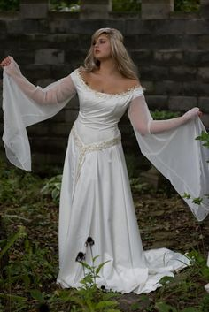 Juliana Off-Shoulder Medieval or LOTR Style Gown with Cape