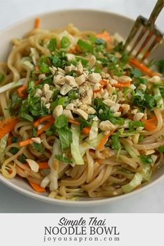 Simple Thai Noodle Bowl - easy, light and healthy Asian inspired noodle dish, great for a quick weeknight dinner, lunch or meal prep! Delicious rice noodles and veggies tossed in a soy-based sauce with a spicy kick! Thai Recipes, Chicken Recipes, Vegetarian Recipes, Dinner Recipes, Cooking Recipes, Healthy Recipes, Tai Food Recipes, Asian Cooking, Pasta Dishes