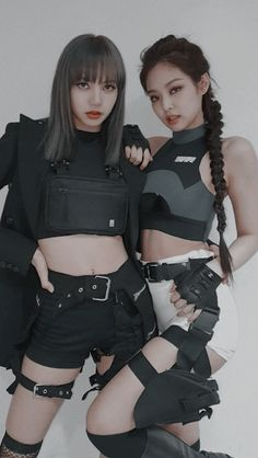 screenshot gallery of hottest popular celebrities Kpop Girl Groups, Kpop Girls, Mode Kpop, Lisa Blackpink Wallpaper, Black Pink Kpop, Jennie Kim Blackpink, Blackpink Photos, Blackpink Fashion, Blackpink Jisoo