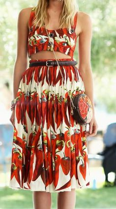 Dree Hemingway made the look festival-appropriate at Coachella by exposing a little midriff in her Dolce & Gabbana ensemble. Festival Looks, Dolce & Gabbana, Dree Hemingway, Podium, Alexander Mcqueen, Nice Dresses, Summer Dresses, Beautiful Dresses, Spring Summer