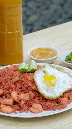 Mie Goreng, Nasi Goreng, Cheese Recipes, Seafood Recipes, Cooking Recipes, Chinese Seafood Recipe, Food Science, Indonesian Food, Asian Cooking