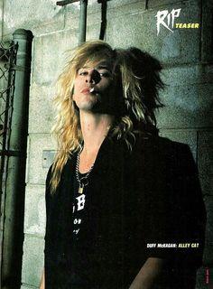 For everything Guns n Roses check out Iomoio Guns N Roses, Duff Mckagan, Axl Rose, Heavy Metal, Velvet Revolver, Greatest Rock Bands, Slash, Nikki Sixx, Wattpad