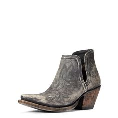 Sock Shoes, Cute Shoes, Shoe Boots, Awesome Shoes, Cowgirl Boots, Western Boots, Western Style, Summer Boots Outfit, Black Boots