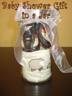 20 DIY Baby Shower Gifts