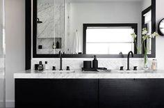 chic black and white bathroom