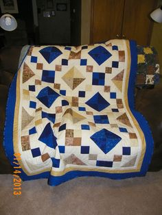 Blue and tan Jewel Box quilt